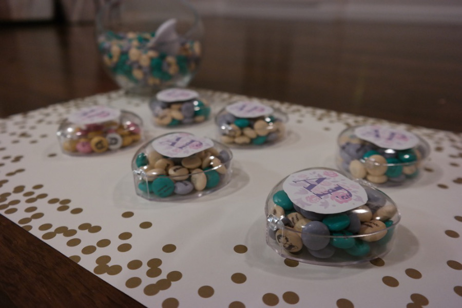 DIY 42 Wedding Favors Your Guests Will Actually Want. No one should feel pinges of guilt at your wedding when they decide to throw out your useless wedding favor.