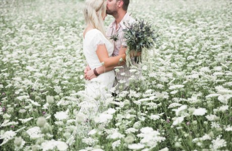 This Barefoot DIY Wedding Was Planned in Just Six Weeks